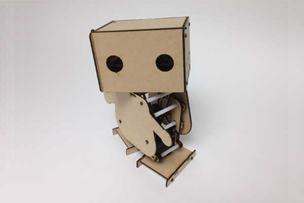 Elecfreaks???UNO & Vstone's Robot: What Happens if We Hack Together?